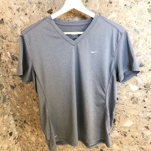 🌟 Nike Fit Dry Workout Shirt